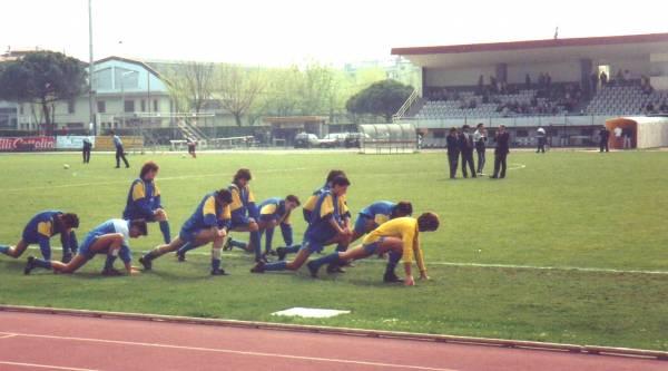 i giocatori sono da sinistra: D.CESCA-MARTINI-RAUTI-LUCCHETTA-MASOTTI-CECCHELE-MORO-POLETTO-ZANARDO-PAPES)